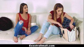 Femei atrase de pulele si jucariile sexuale mari