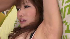 Asa arata pizda paroasa a unei fete din asia
