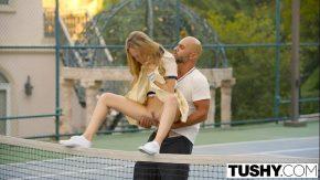 Si-a futut iubita pe terenul de tenis