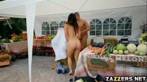 Sex la piata de fructe din columbia