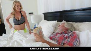 Doamna cu tatele mari se fute ca nebuna dimineata